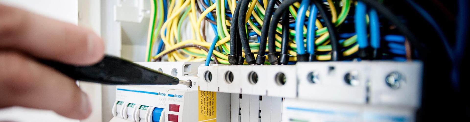 Surrey Smarthome Niceic Reistered Electricians For London Smart Home Wiring As Accredited Domestic Installers Are Well Placed To Undertake All The Usual Electrical Work Including